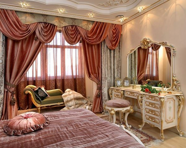 Barok Tarzı Klasik Yatak Odası