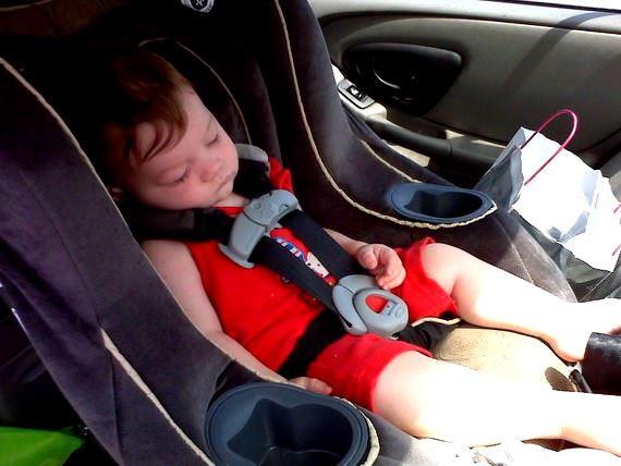oto koltuk - bebek araba koltuklari1 - Bebek Oto Koltuk Modelleri