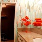 cizgili-banyo-duvar-kagit