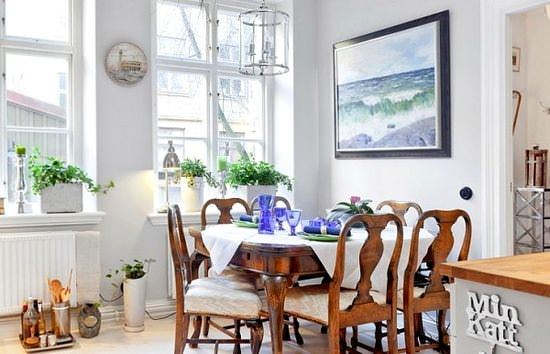 Romantik Renkli Yemek Odası Fikirleri 1