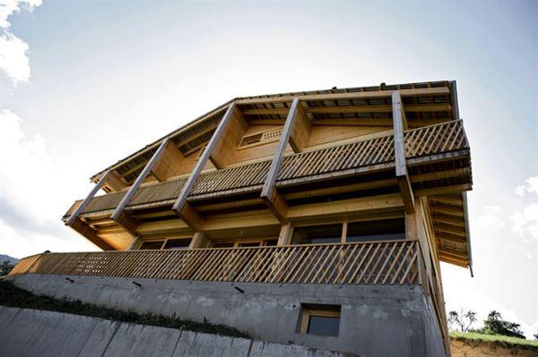ahşap dağ evi tasarımı - dogal iki katli ev - Ahşap Dağ Evi Tasarımı