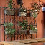 dekoratif-bahce-ve-balkon-ciceklik-fikirleri dekoratif bahçe ve balkon Çiçeklik fikirleri - duvar ciceklik modelleri 150x150