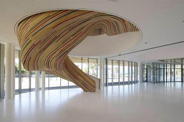 dekoratif-isyeri-merdiven
