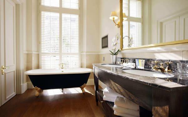 modern yenilikçi banyo dekorasyon stilleri - fransiz tarzi kuvetli banyo - Modern Yenilikçi Banyo Dekorasyon Stilleri