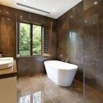 küvetli banyo dekorasyon modelleri - kahve renk banyo dekorasyon 150x150 - Küvetli Banyo Dekorasyon Modelleri