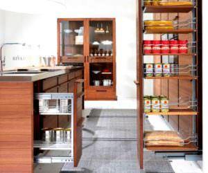 Geniş Depolama Özelliğine Sahip Mutfak Tasarımı