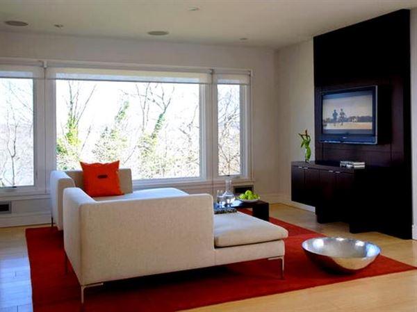 Beyaz lüks oturma odası dekorasyon fikirleri 7