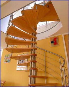 Oval Dubleks Daire Merdivenleri 10