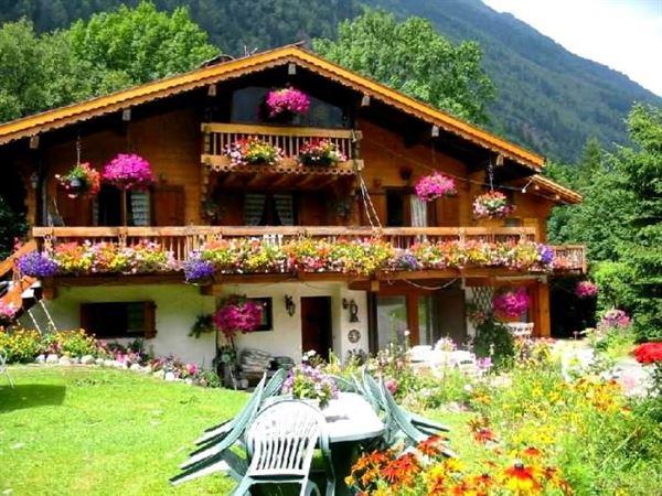 kütük ev modelleri ve fiyatları muhteşem doğal ahşap ev tasarımları