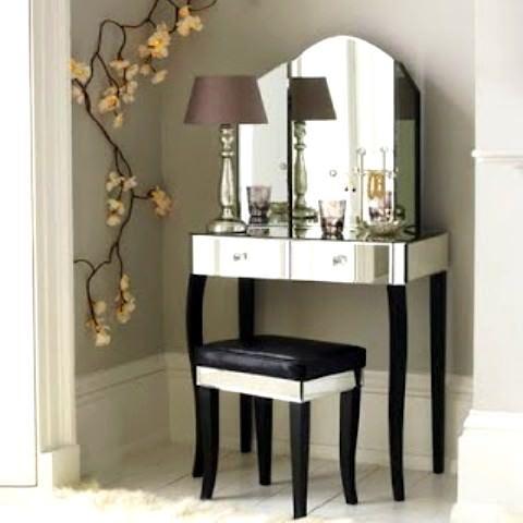 Farklı Değişik Tasarım Tuvalet Masası Modelleri 13