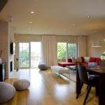 büyük oda düzenleme mobilya geniş oturma odası dekorasyon